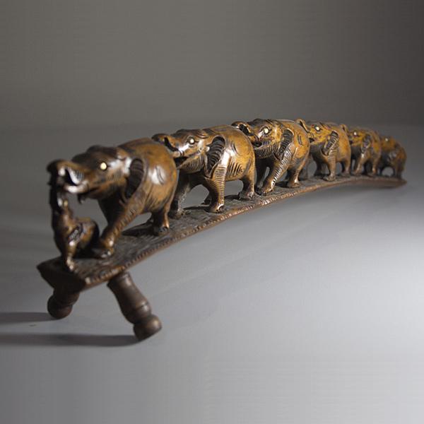 Индия. Индийские сувениры. Семь слонов